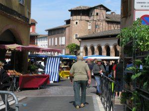 Marché de Saint-Antonin Noble Val