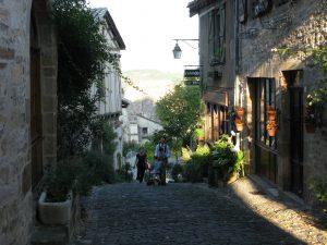 Cordes : rue Raymond VII à Cordes